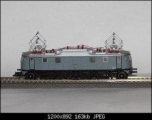Нажмите на изображение для увеличения.  Название:__Электровоз пассажирский E18 25 (Tillig_02453) .JPG Просмотров:83 Размер:163.4 Кб ID:28872